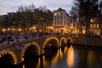 Grachten by night © Amsterdam Tourism Board
